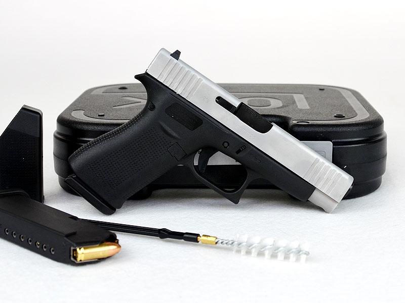 GLOCK Pistole 48 Silver Slide Slim 10 Schuss